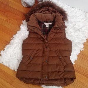 Gently Used H&M Brown Vest w/detachable hood